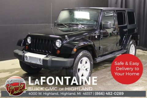 2011 Jeep Wrangler Unlimited Sahara 4WD HARD TOP COLOR MATCHED